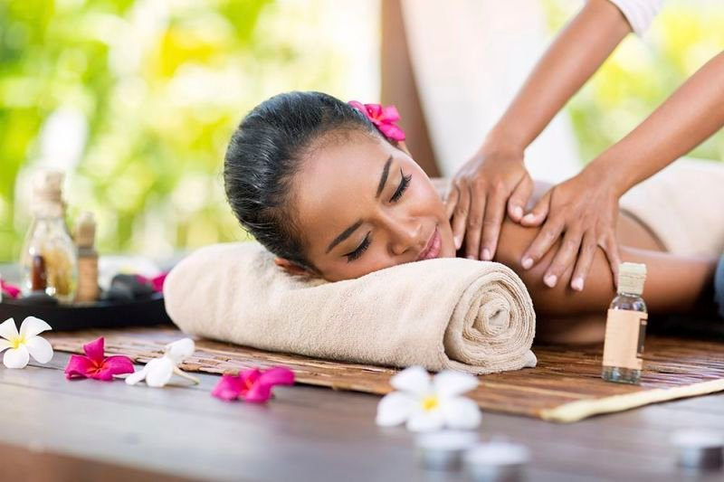 Reasons as to Why You Should Visit the Canggu Cafe and Massage