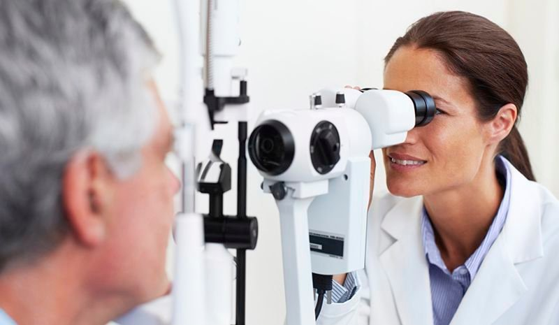 Five Things to Factor in When Looking for an Eye Clinic and Optical
