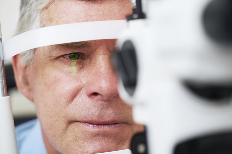 Selecting the Best Eye Doctor To Take Care Of Your Optical Needs