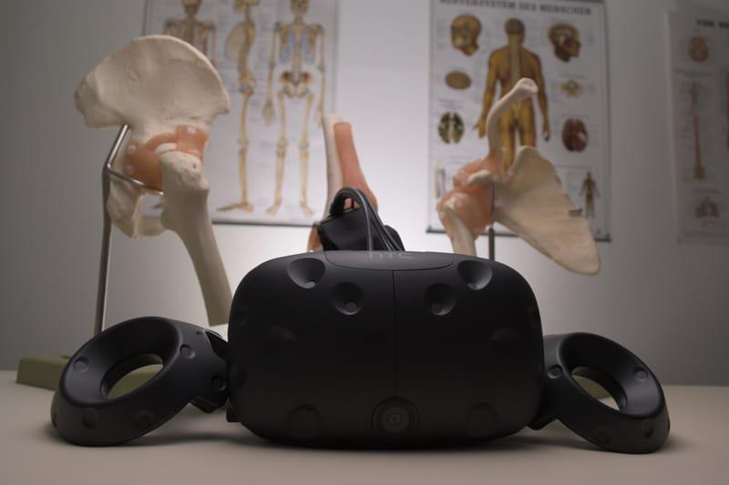 ערכות מציאות מדומה למרחבי למידה VRoom