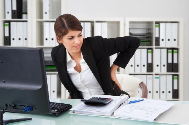 Traitement shiatsu sur chaise ergonomique