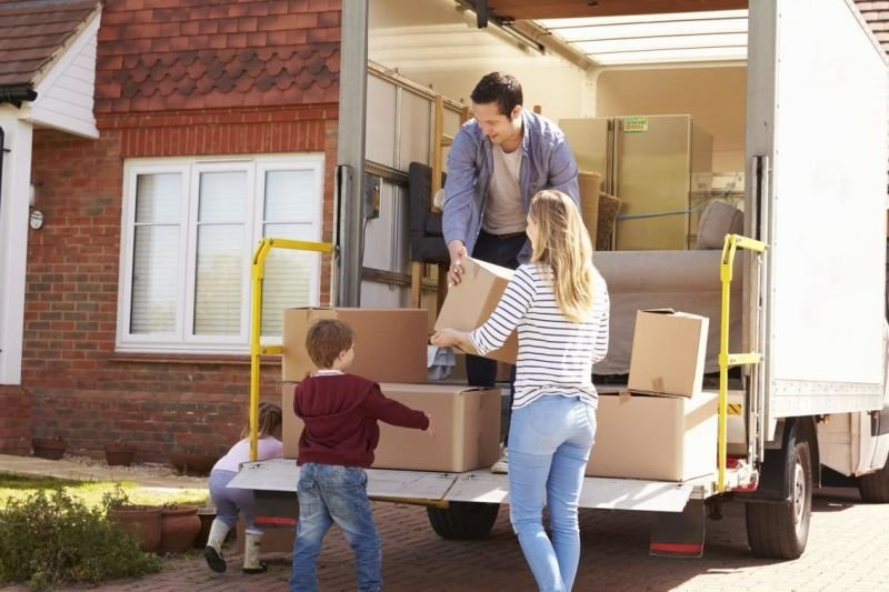Advantages of Choosing to Hire a Professional Household Moving Company
