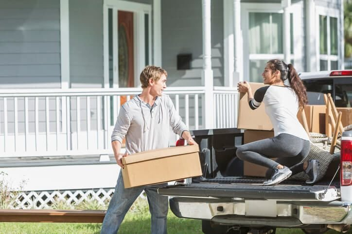 Impacts of Professional Movers on Household Moving
