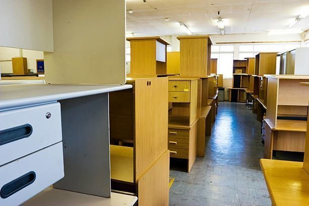 Privileges That One Can Have In Place By Using The Used Office Furniture