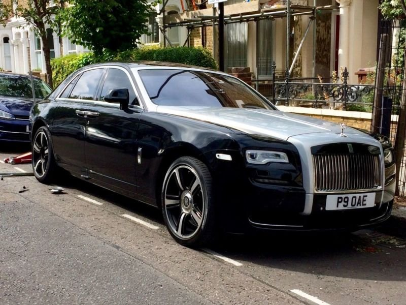 Rolls Royce Ghost/Cracks | Alloywheelwelding.co.uk