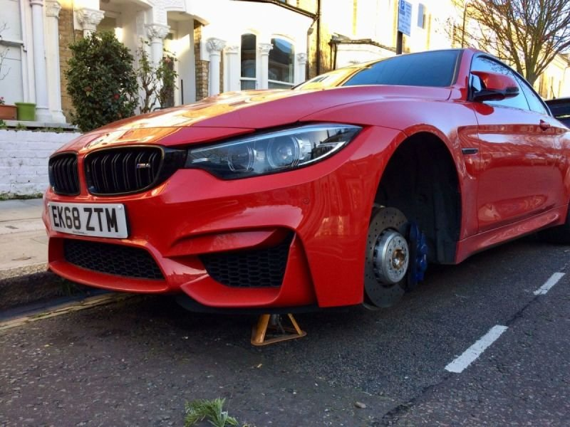 BMW M4 Diamond Cut Severe Rim Damage/ Buckles x 2 | Alloywheelwelding.co.uk