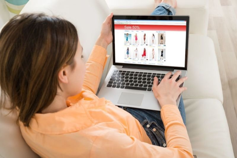 Selecting An Online Dress Shop Of Your Choice