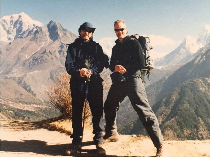 EVEREST BETWEEN GEORGE AND ME NEAR NAMCHE BAZAAR