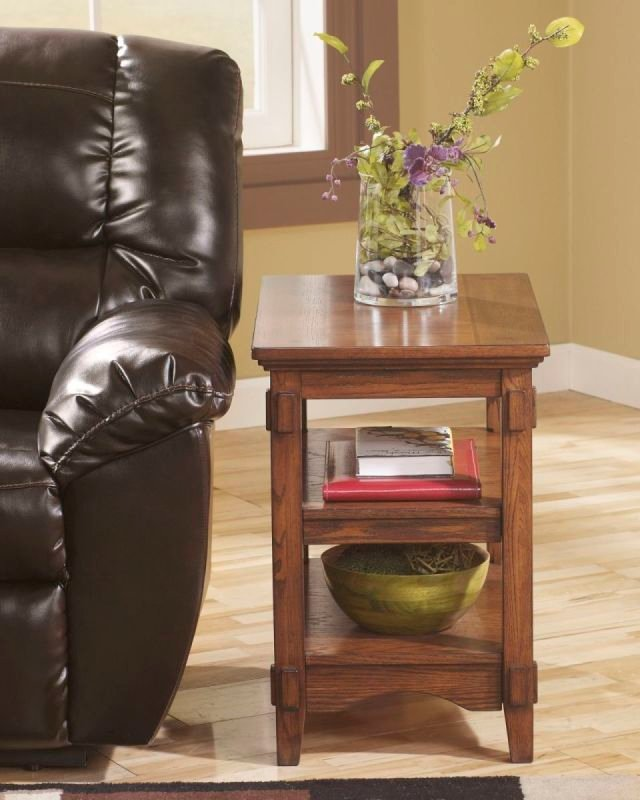 CROSS ISLAND T719 CHAIRSIDE TABLE