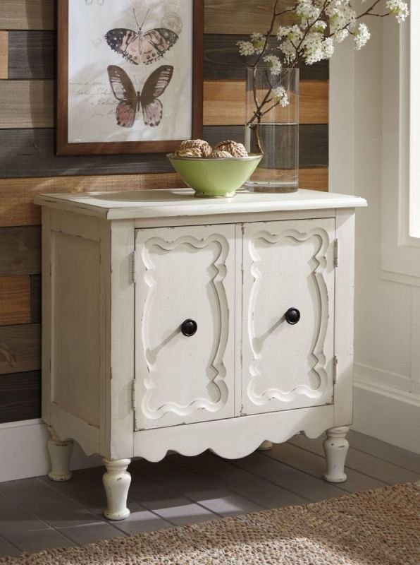 A4000211 LOUMONT ACCENT CABINET SMALL