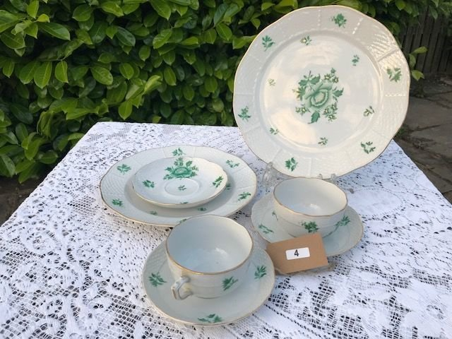 Lot 4 - Set of Herend Chinese Bouquet Ware - £20 to £30
