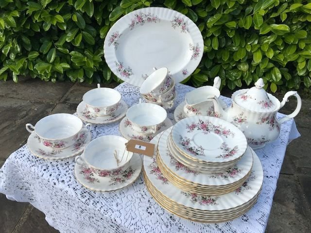 Lot 8 - Royal Albert Lavender Rose Dinner & Tea Service - £30 to £40