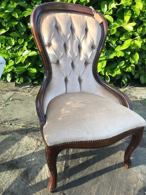 Lot 11 - Nursing Chair - £20 to £30