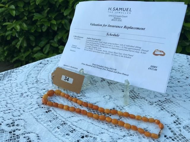 Lot 34 - 1920's Amber Bead Necklace + £925 valuation paper - £800 to £1,000