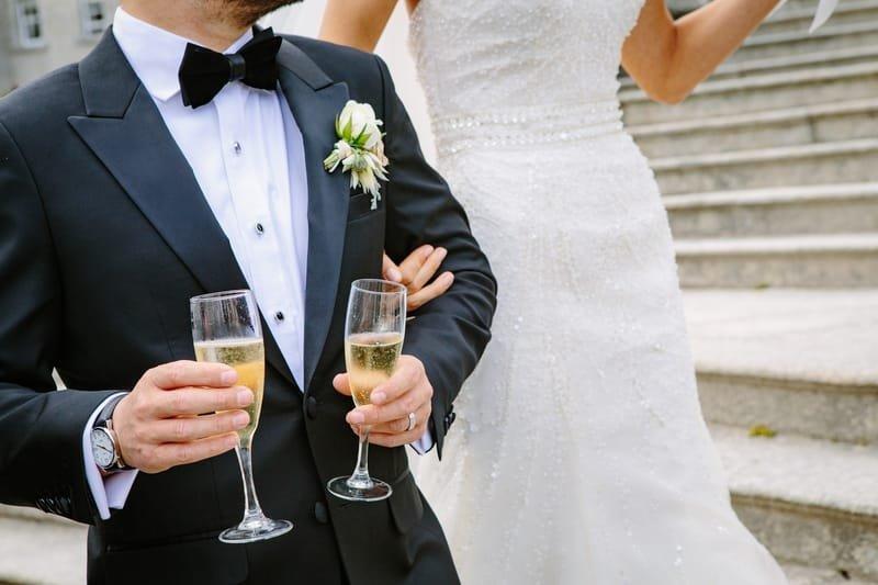 Mariages, baptêmes