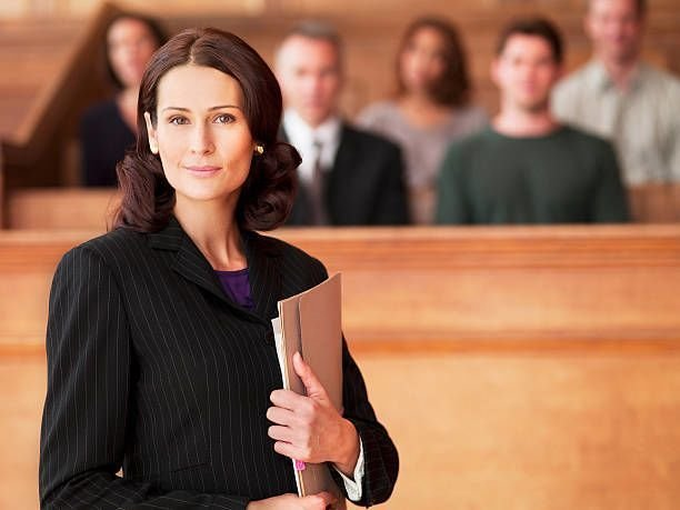 Factors to Consider when Hiring a Law Group