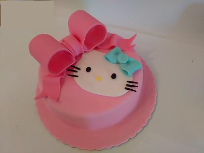 τούρτα απο ζαχαρόπαστα Hello Kitty, Ζαχαροπλαστείο καλαμάτα madamecharlotte.gr, birthday theme party cakes 2d 3d confectionery patisserie kalamata