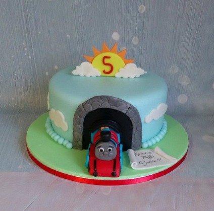 τούρτα παιδική γενεθλίων απο ζαχαρόπαστα τόμας το τρενάκιζαχαροπλαστείο καλαμάτα madamecharlotte.gr, birthday cakes kalamata