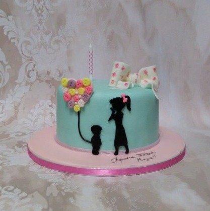 τούρτα απο ζαχαρόπαστα χρόνια πολλά μαμά, Ζαχαροπλαστείο καλαμάτα madamecharlotte.gr, birthday cakes 2d 3d confectionery patisserie kalamata