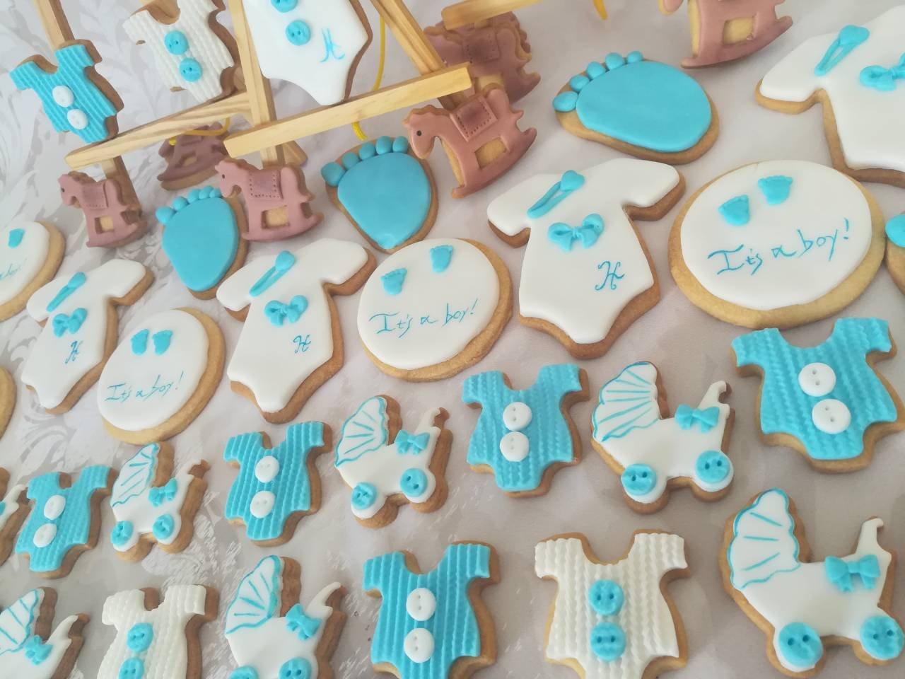 cookies από ζαχαρόπαστα it's a boy, ζαχαροπλαστείο καλαμάτα madamecharlotte.gr, birth theme cookies and partycakes 2d 3d confectionery patisserie kalamata