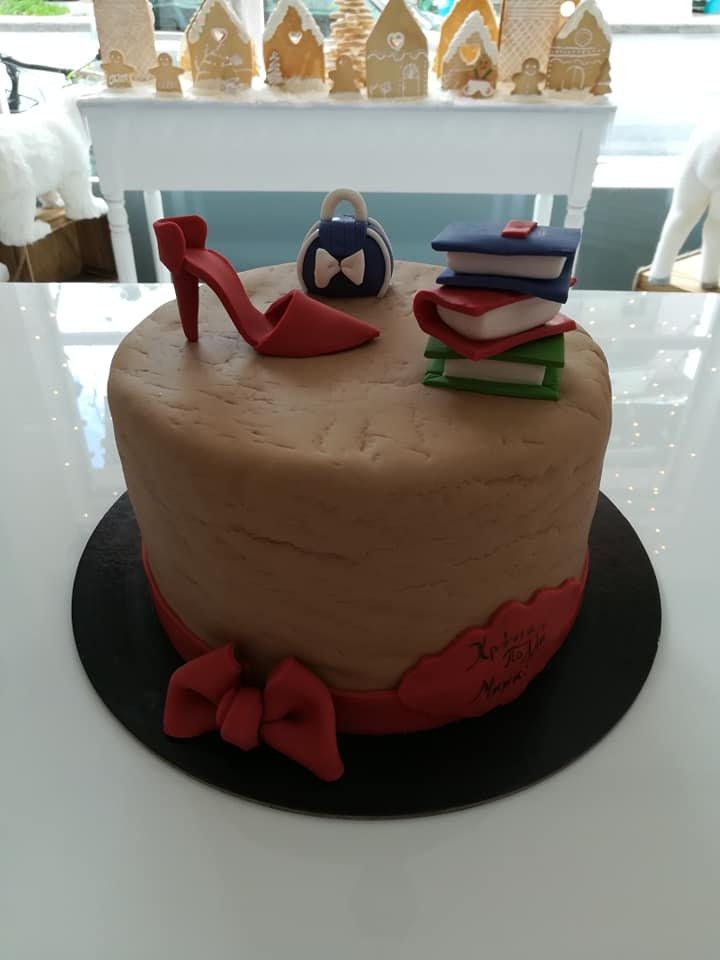 τούρτα από ζαχαρόπαστα student life, Ζαχαροπλαστείο καλαμάτα madame charlotte, τούρτες γεννεθλίων γάμου βάπτησης παιδικές θεματικές birthday theme party cake 2d 3d confectionery patisserie kalamata