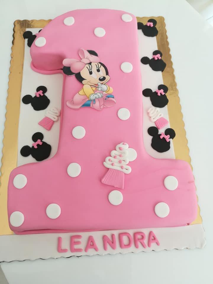 τούρτα από ζαχαρόπαστα minnie 1 y.o., Ζαχαροπλαστείο καλαμάτα madame charlotte, τουρτες παρτι παιδικες γενεθλιων madamecharlotte.gr birthday cakes kalamata