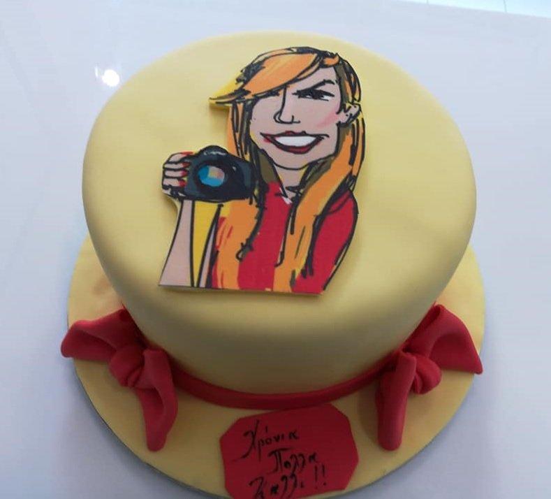 τούρτα απο ζαχαρόπαστα καρικατούρα φωτογράφος, Ζαχαροπλαστείο καλαμάτα madame charlotte, τούρτες γεννεθλίων γάμου βάπτησης παιδικές θεματικές birthday theme party cake 2d 3d confectionery patisserie kalamata
