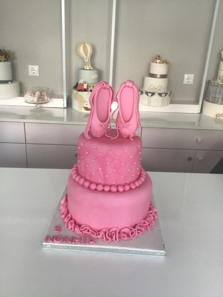 τούρτα από ζαχαρόπαστα μπαλαρίνα ροζ 2οροφη δυοροφη, Ζαχαροπλαστείο καλαμάτα madame charlotte, τουρτες παρτι παιδικες γενεθλιων madamecharlotte.gr birthday cakes patisserie confectionery kalamata
