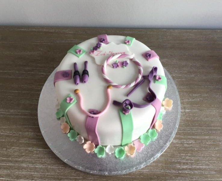 τούρτα από ζαχαρόπαστα  ενοργανη γυμναστικη, Ζαχαροπλαστείο καλαμάτα madame charlotte, τούρτες γεννεθλίων γάμου βάπτησης παιδικές θεματικές birthday theme party cake 2d 3d confectionery patisserie kalamata