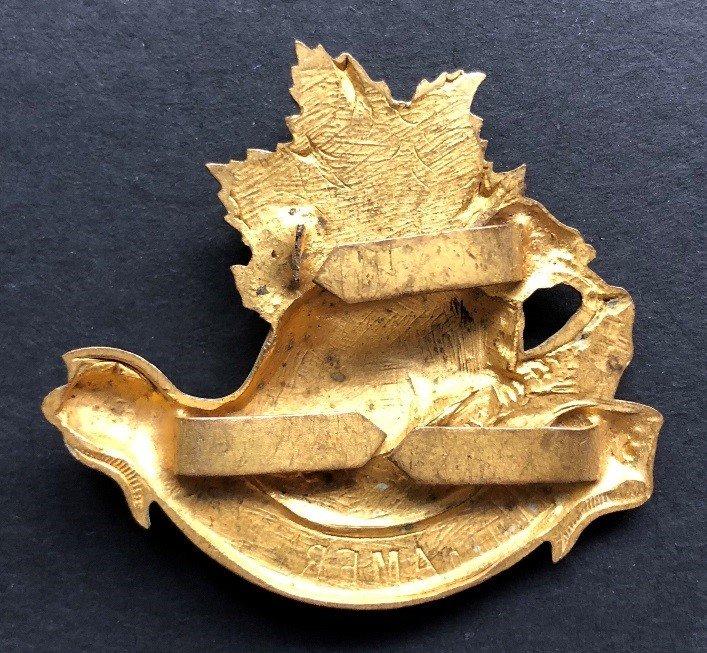 British American Squadron Officer's Headdress Badge - genuine