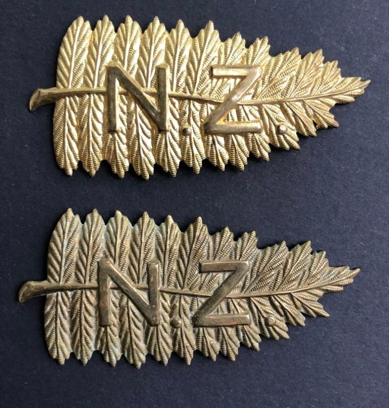 New Zealand Other Ranks' Headdress Badge - Genuine