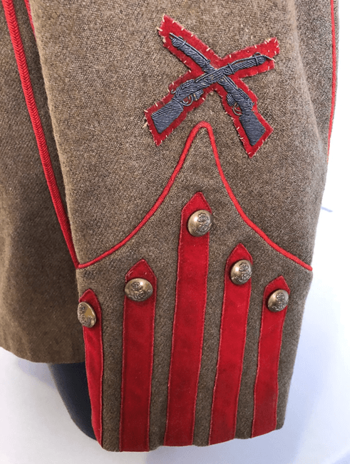 King's Colonials Full Dress Detail