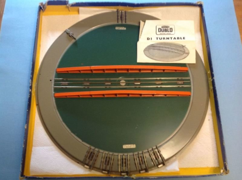 D1 Turntable