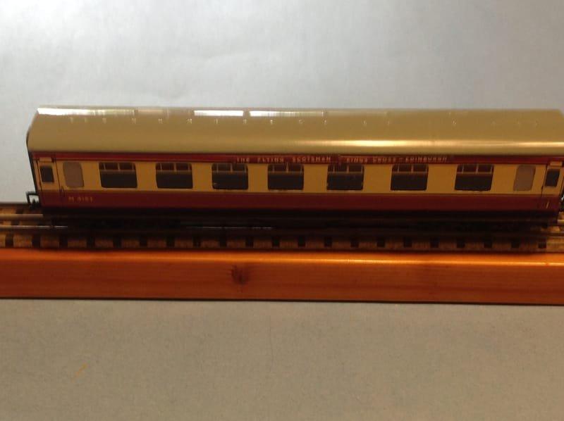 4005 BR LMR Corridor Coach 1st/2nd,1st/3rd  No.M4183