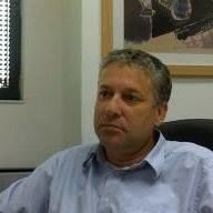 Yossi Benderly