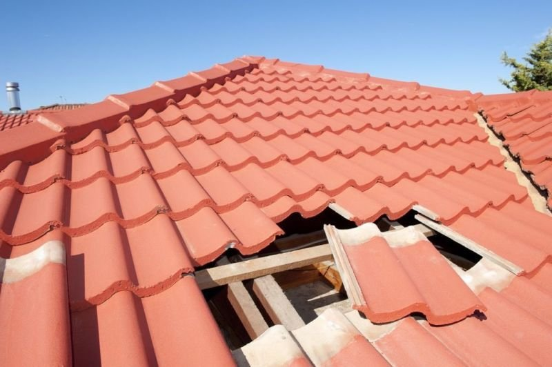ROOF REPAIRS / REPLACEMENTS