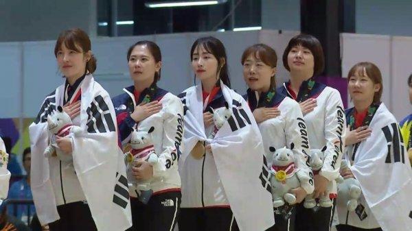 [아시안게임] 한국 여자 6인조 볼링 금메달 쾌거