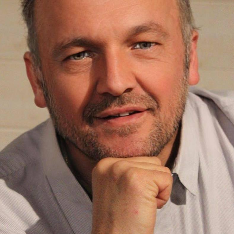 l'écrivain Franck Roubaud Abad