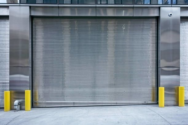 What You Should Know About Roll Up Garage Doors