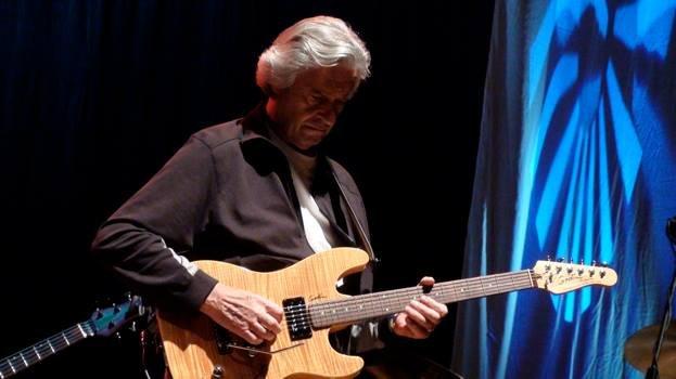 John Mclaughlin at the soundcheck by Lorenz Giorgi — at Wiener Konzerthaus.