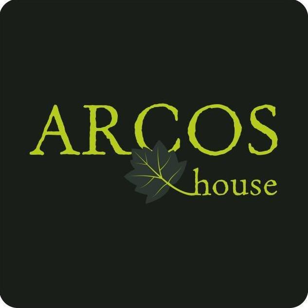 Arcos House