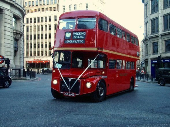 London Bus working in London