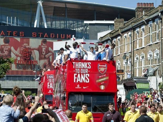 Arsenal Parade, Open Top Bus