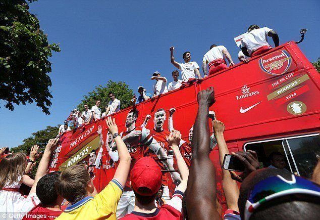 Arsenal Open Top Bus