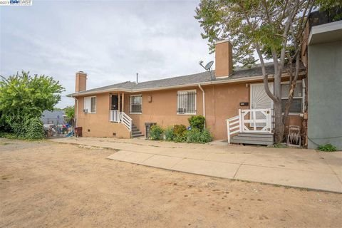 $599,000 Oakland, Rare find large lot