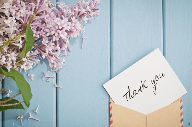 The Power of a Handwritten Thank You Note in Business