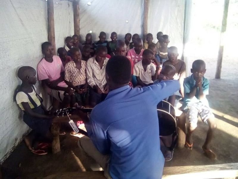 Seme Ludanga Training the children in Camp