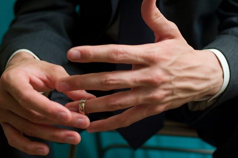 Merits of Hiring a Divorce Attorney