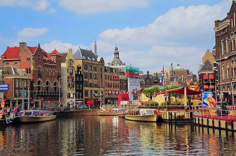 4 Tempat Wisata di Belanda yang Wajib Dikunjungi