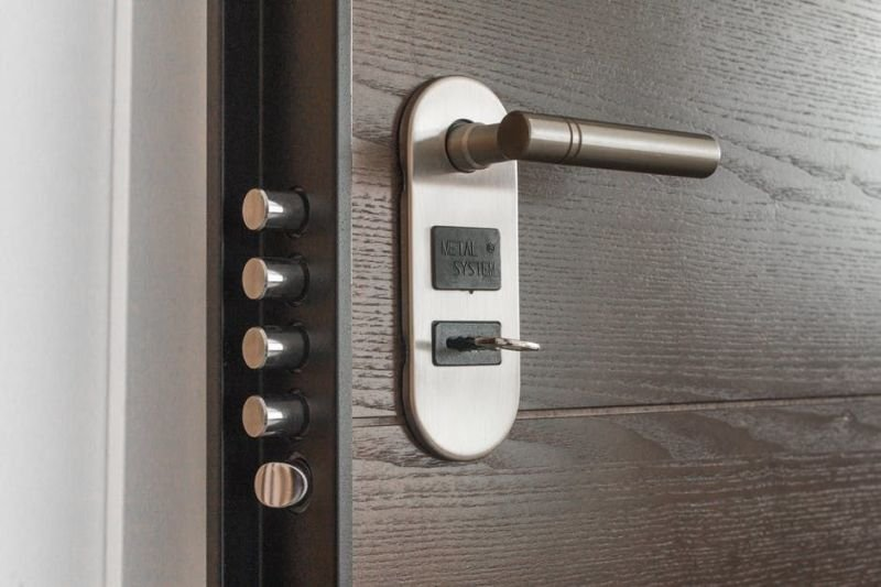 What you Need to Know When Looking for Locksmith Services?